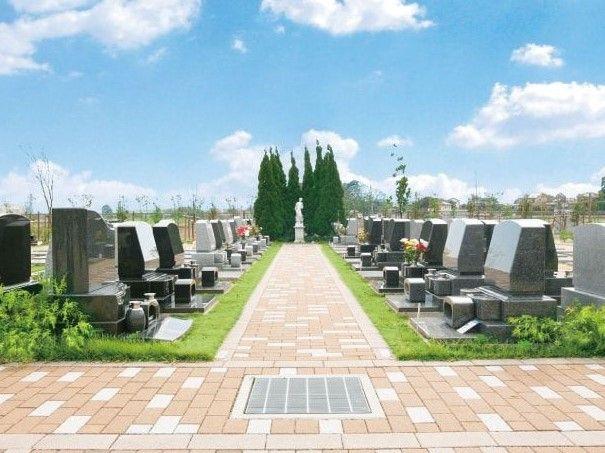 大宮霊園 第二期 バリアフリー設計の参道