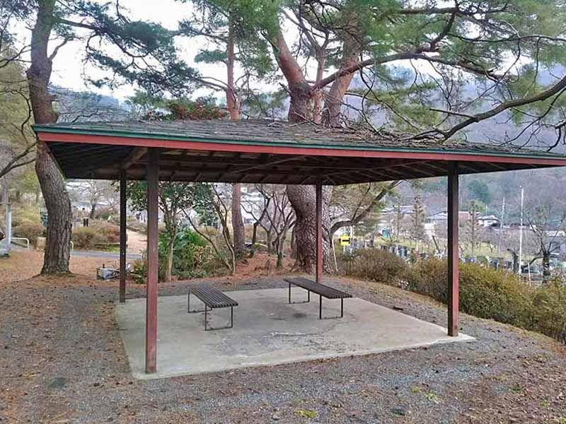 甲府市 つつじが崎霊園
