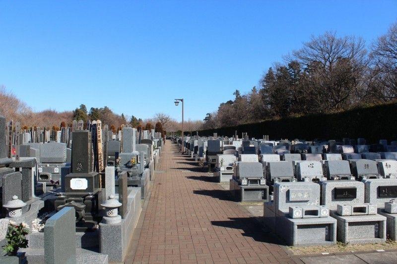 ふじみ野霊園の墓地全景