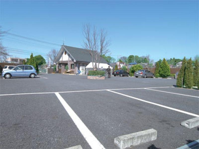 メモリアルパーク川口山王の駐車場