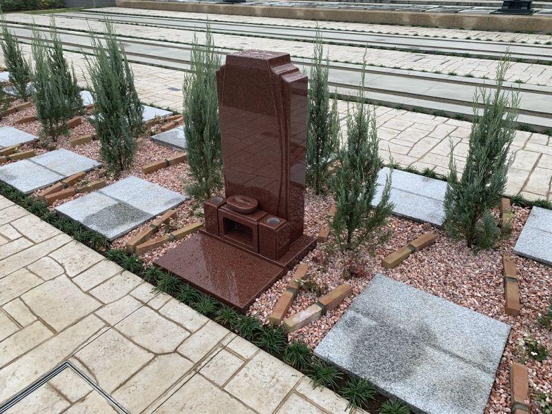川口中央霊園に建立された墓石