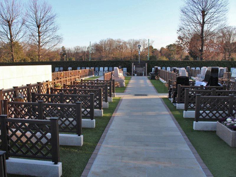 サニープレイス所沢 通路にゆとりのある墓域