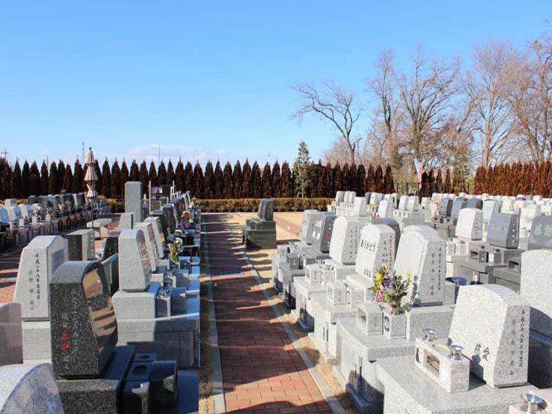 南川越霊園 開放感のある墓域