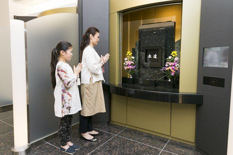お墓のマンション(吾妻橋 天空陵苑)の参拝スペース