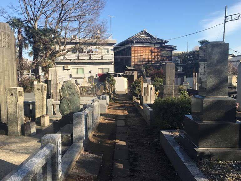都立 谷中霊園 落ち着いた雰囲気の墓地