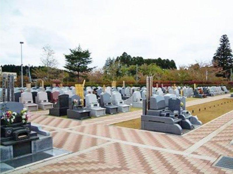 広々としたバリアフリー設計の霊園