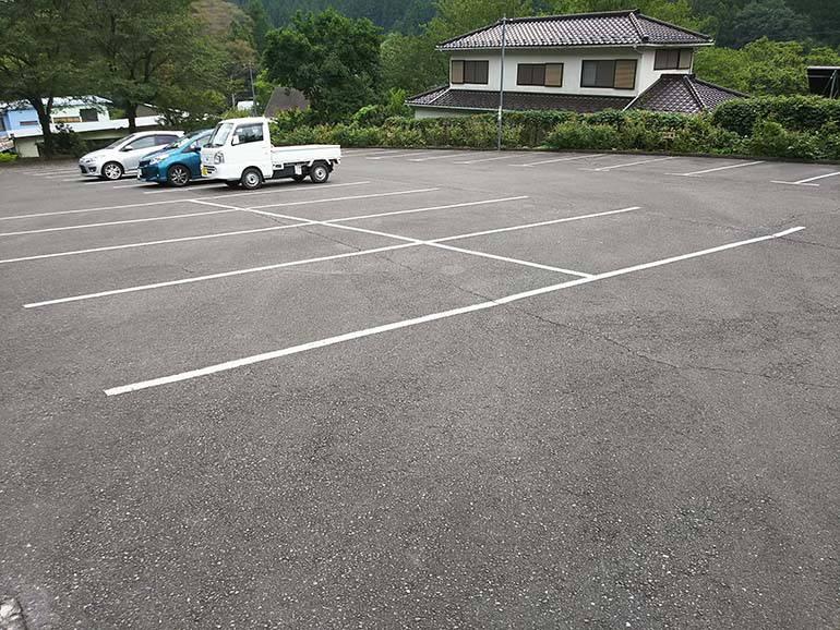 西東京墓苑 駐車場