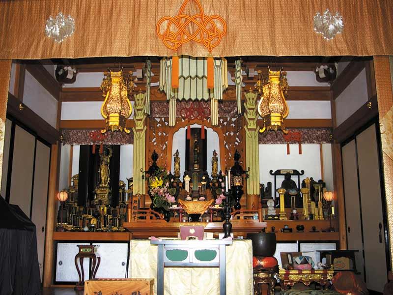 東光禅寺 永代供養墓 法要施設内