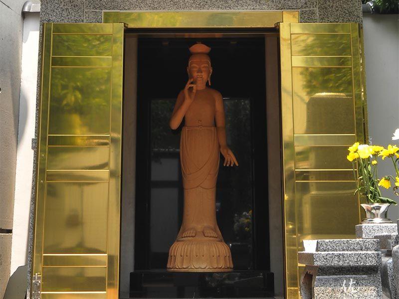 即法寺墓苑 永代供養墓 個別墓を見守る仏様