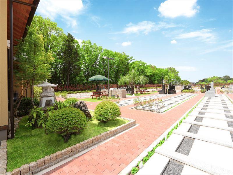 小江戸聖地霊園 和と洋の調和が魅力的な園内