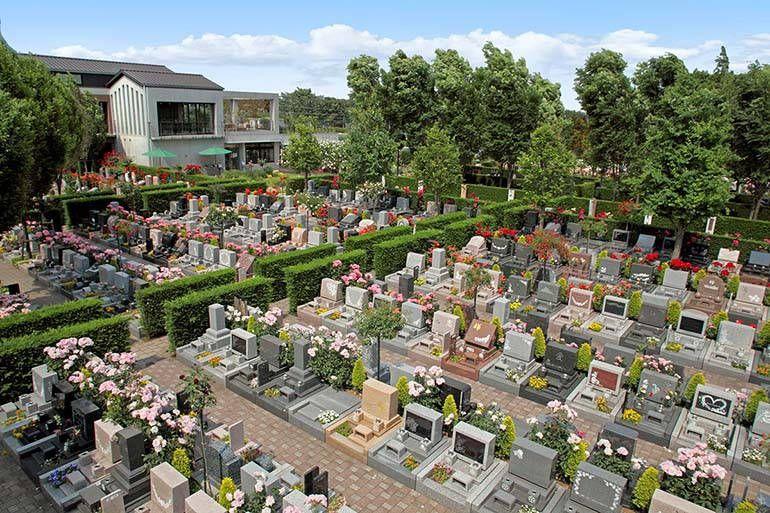 花小金井ふれあいパーク 豊かな自然と整えられた墓域