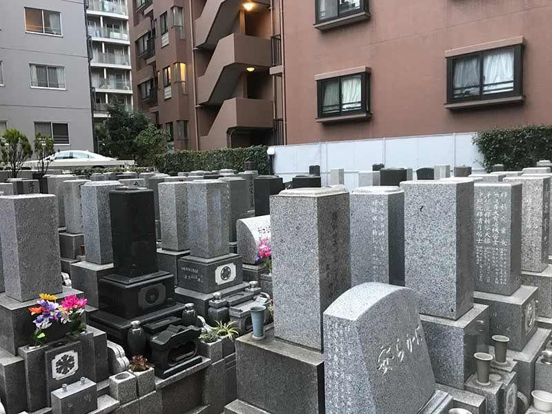メモリアルガーデン麻布 やすらぎの碑 手入れが行き届いた墓域