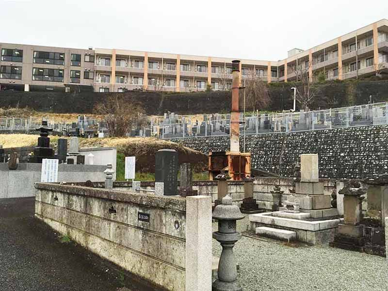 曹洞宗大蔵山 安全寺 歴史を感じられる墓所