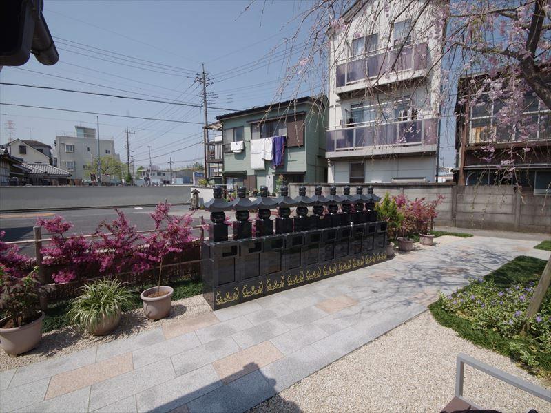 眞乗寺東墓地 永代供養墓・樹木葬 整然と並ぶ冥福五輪塔