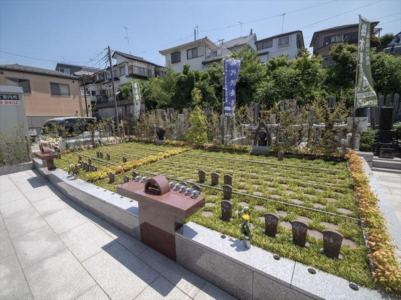 一乗院 永代供養墓・樹木葬 木々に囲まれた樹木葬