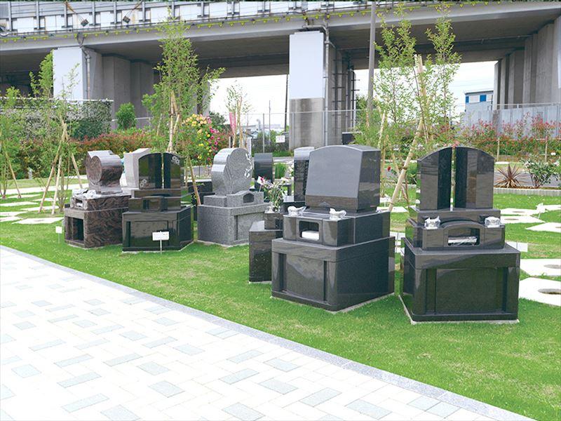 吉川霊園 特別区「アーチ型墓所」