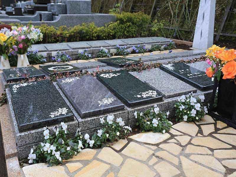 鎌倉やすらぎの杜 永代供養墓「憩」