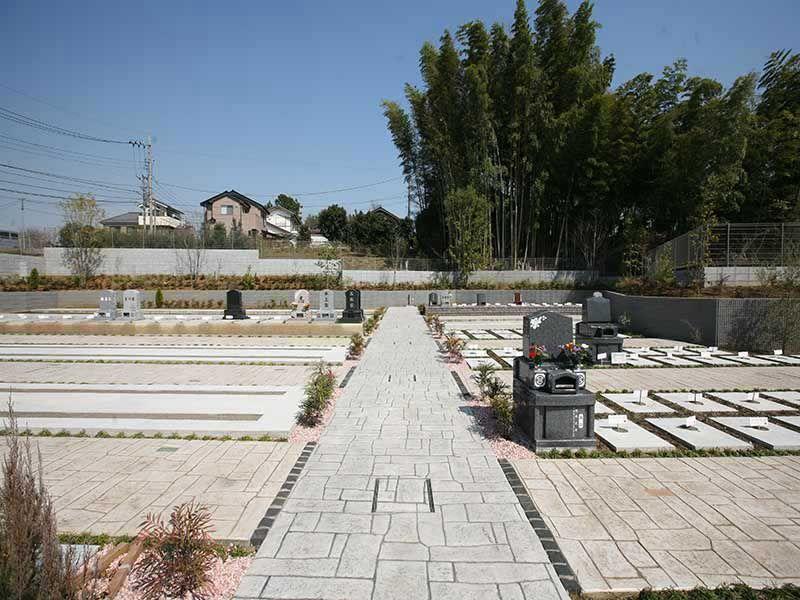 川口中央霊園の日当たりが良く明るい墓所①