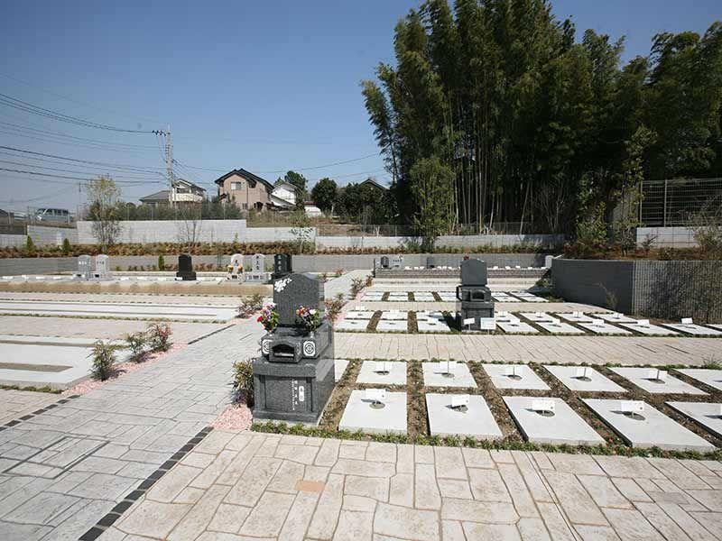 川口中央霊園の日当たりが良く明るい墓所②