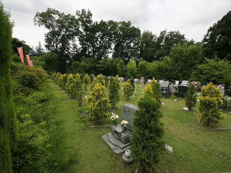 町田こもれびの杜霊苑 ゆとり設計の墓域
