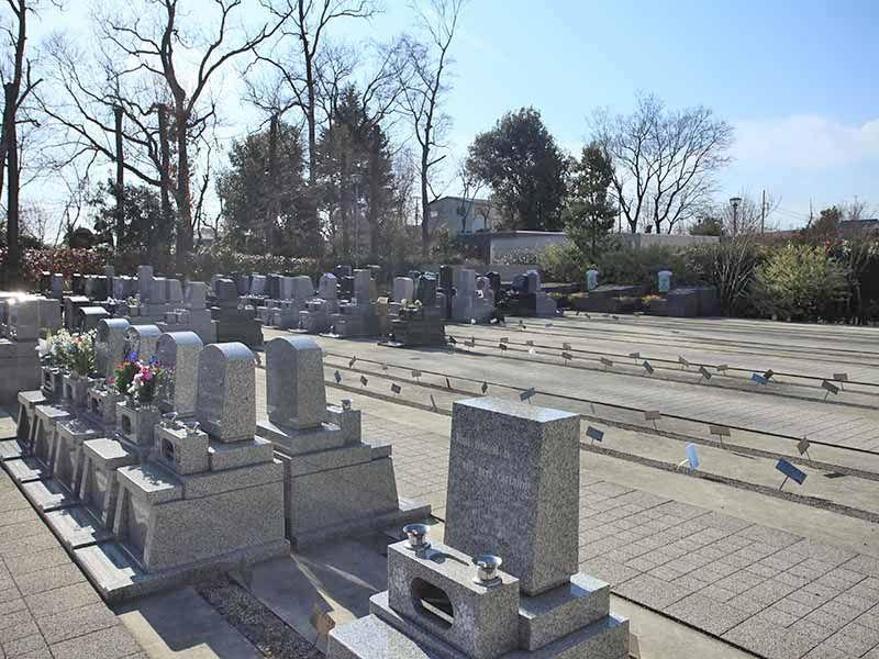 川口光輪メモリアルの日当たりが良く明るい墓所