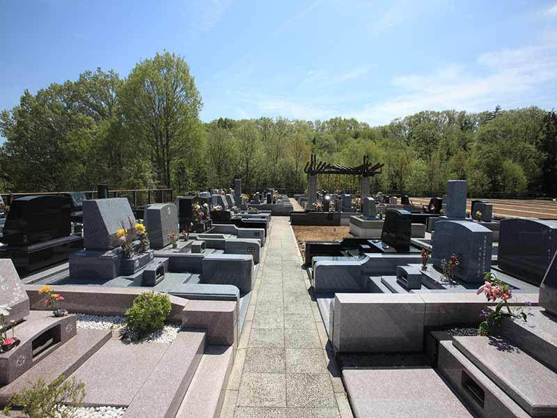 東京霊園 ゆったりとした区画の墓域②