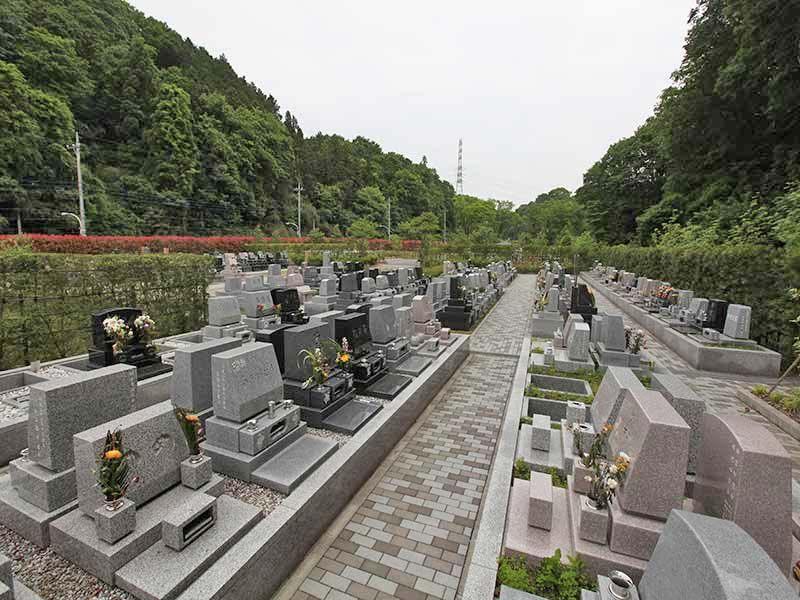 緑豊かな八王子 上川霊園の墓域