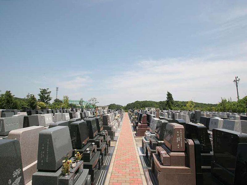 横浜あさひ霊園 日当たりの良い明るい墓域