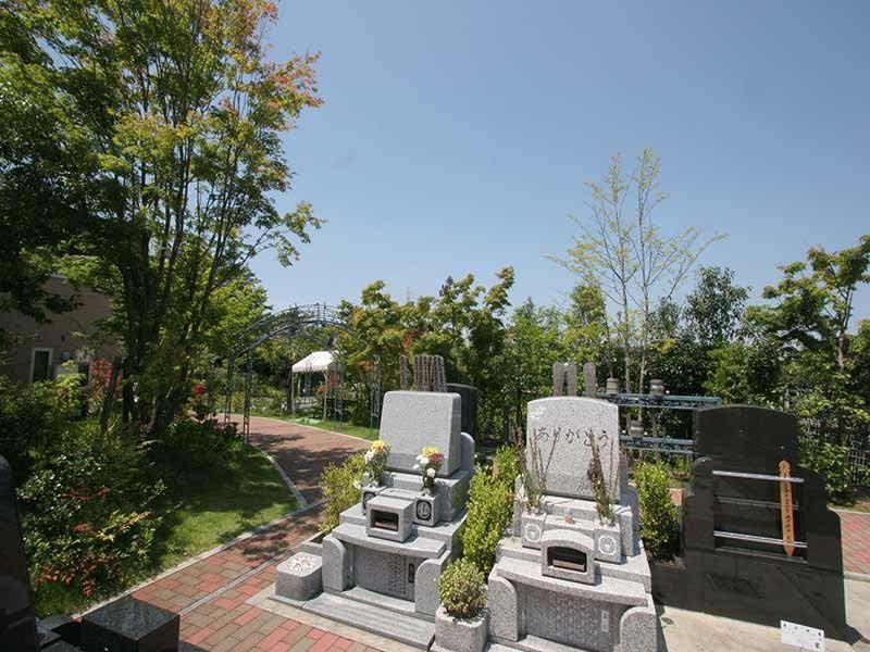 横浜あさひ霊園 緑豊かな墓域