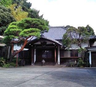 宝泉寺の山門