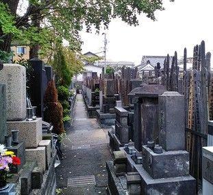 雲光院の墓所景観