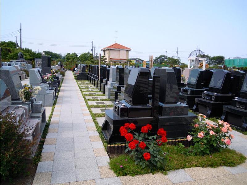 メモリアルパーク花の郷聖地 相模大塚 園内はバリアフリー設計