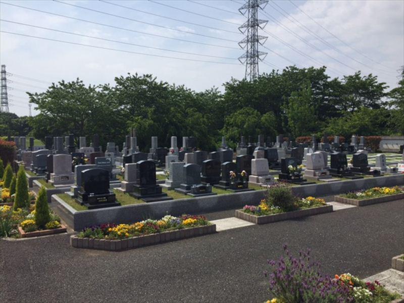 岩槻光輪浄苑 自然に囲まれたテラス墓地