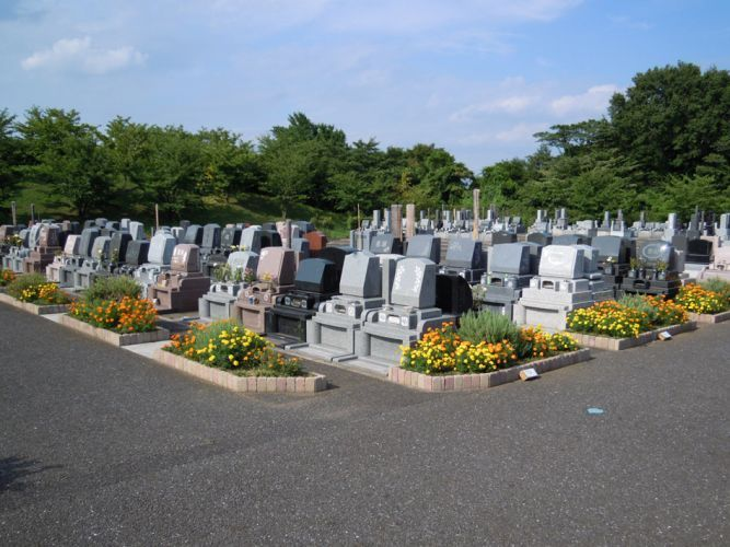 岩槻光輪浄苑 自然豊かな美しい墓域