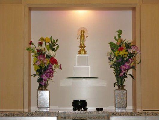 魂の故郷 龍善寺 早稲田納骨堂 清潔感のある参拝室