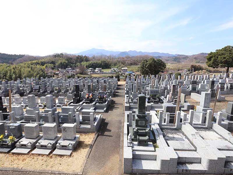 厚木中央霊園 墓域からの景色も良好