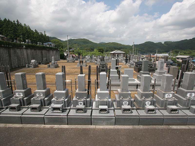 小川町青山メモリアルパーク 自然に囲まれた墓域