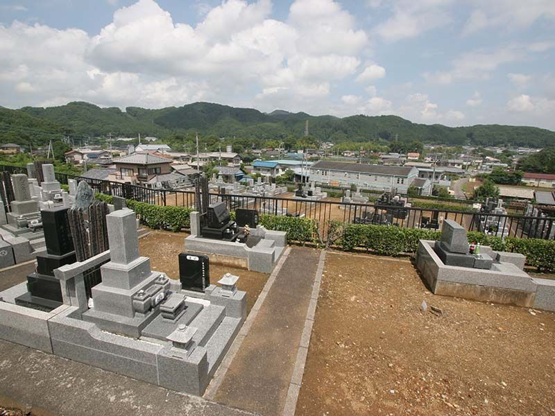 小川町青山メモリアルパーク 高台にある墓域