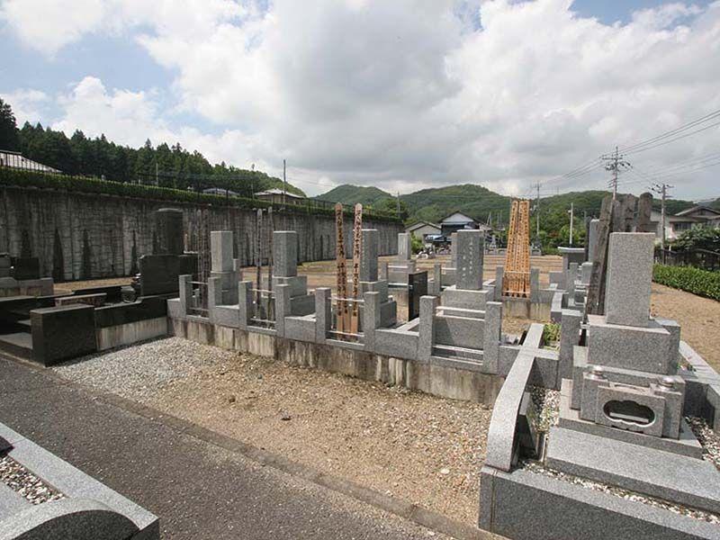小川町青山メモリアルパーク まだ余裕のある区画