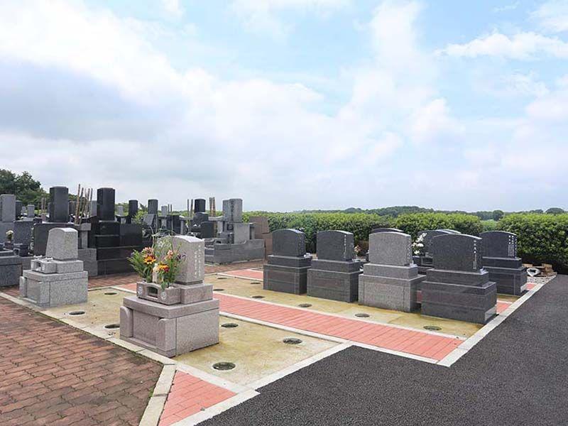 殿山聖地墓苑 高台にあるため見晴らし良好