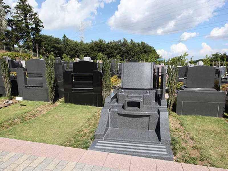 横浜二俣川霊園 ゆとりある設計の墓域②