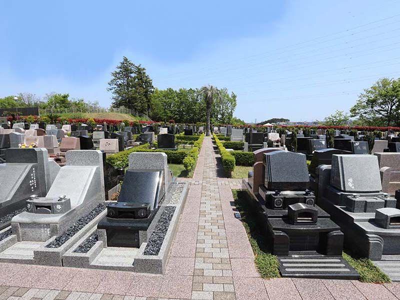 横浜二俣川霊園 様々な区画タイプの墓域
