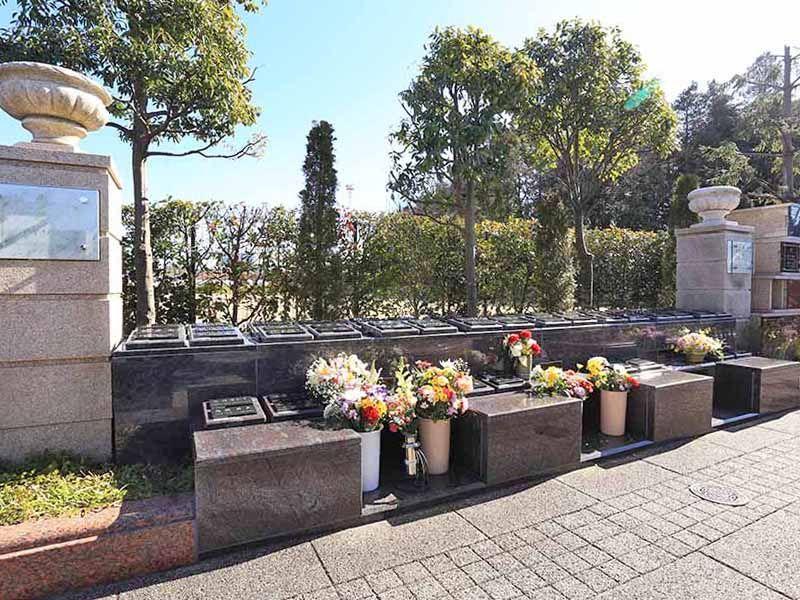 海老名フォーシーズンメモリアル 永代供養墓「花ことば」 何名でも購入可能な永代供養墓「アイリス」