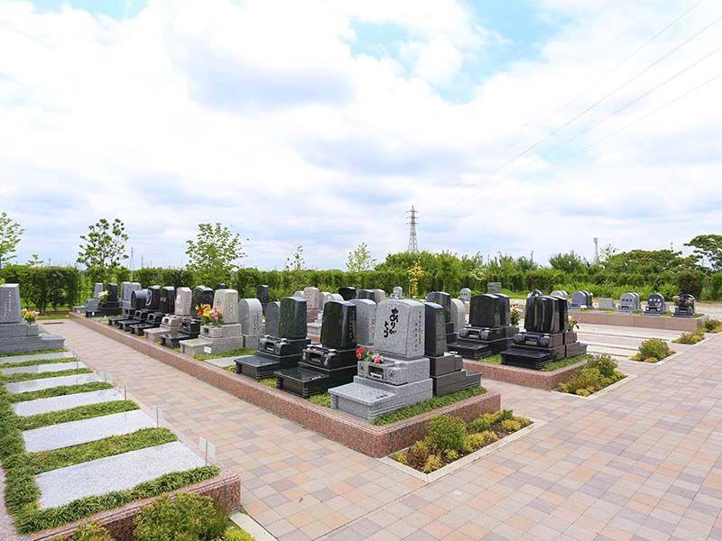 彩光浄苑 テラス墓地風景