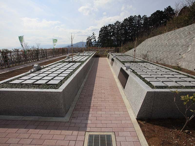 空と海 新・吉祥公園墓地 海が見える樹木葬「はなみずきの丘」