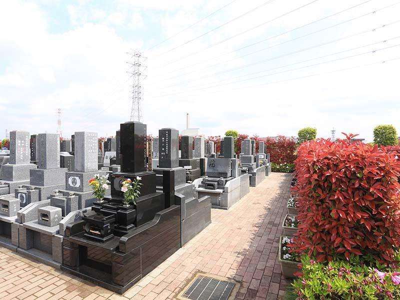 朝霞聖地霊園 日の当たる墓域