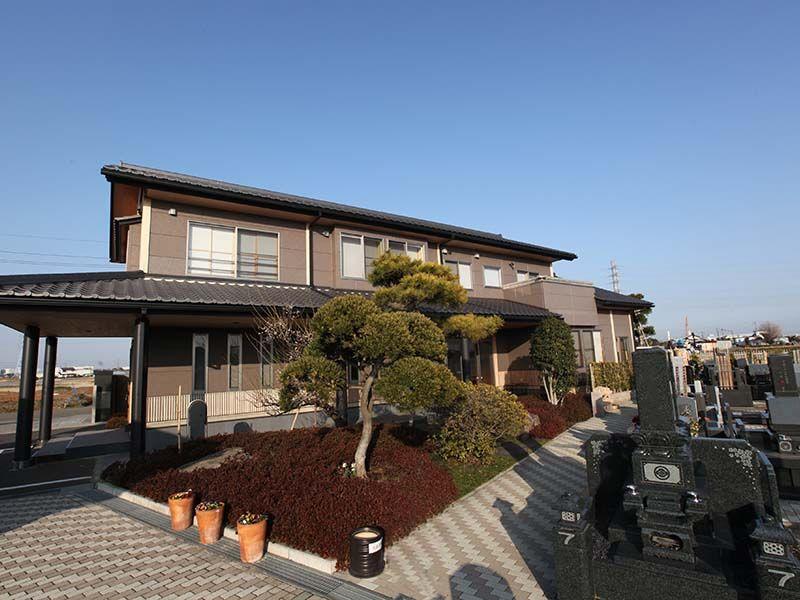 平塚中央霊園Ⅱ 法要施設も完備