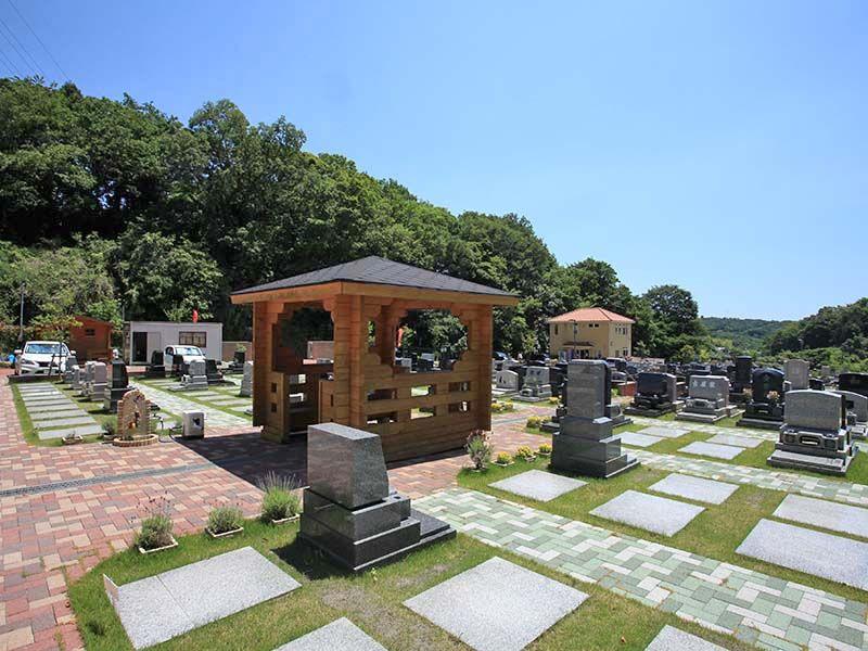 メモリアルパーク大磯 自然豊かな墓地内