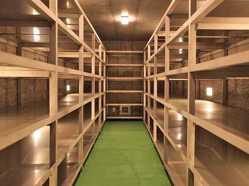 メモリアルパーク大磯 永代供養墓 清潔な納骨壇