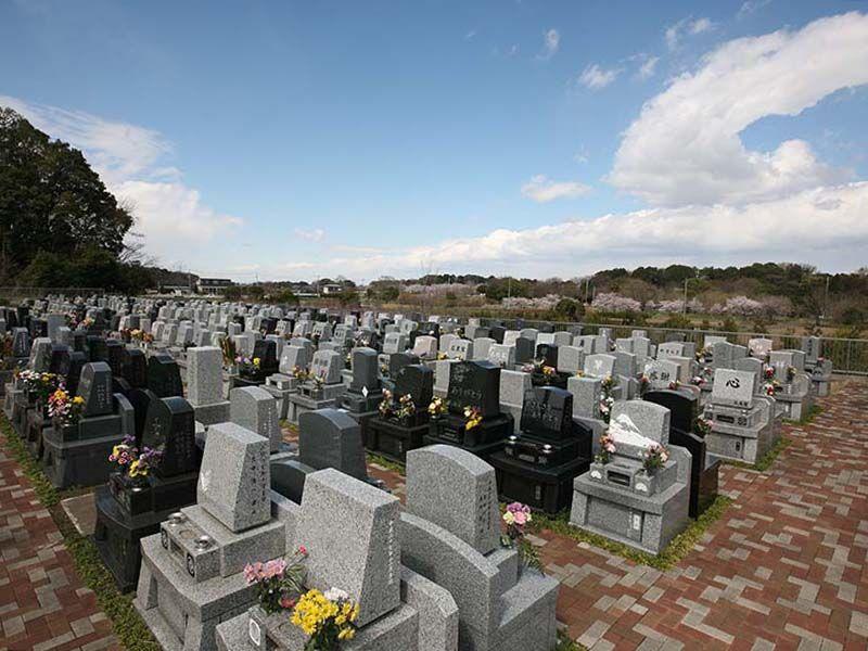 メモリアルパーク緑の丘 四方ゆとり墓所